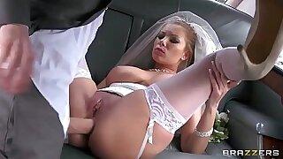Devilation of Donna Bell, Vicki Love, Psy, Victor and Evelin - Brazzers porno