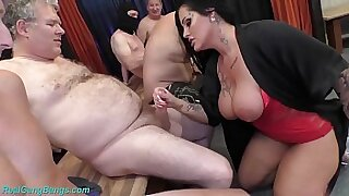 Busty milf arrived at the dormitory party for a cumshot scene - Brazzers porno
