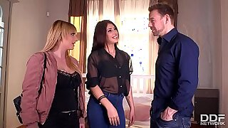 Busty Office Secretary Gets Filled With Cock Kevin Nash - Brazzers porno
