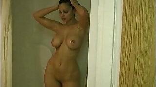Aria Giovanni Bathtub - Brazzers porno