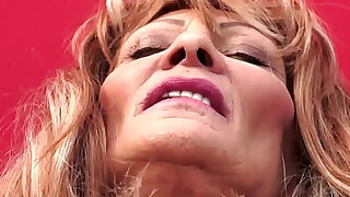 Saggy grandma doggystyled and jizzed in mouth - Brazzers porno