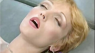 Backdoor Salon - Brazzers porno