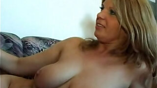 Slim hungry mommy opens up for the shaft of her son - Brazzers porno