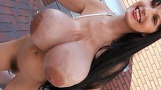 Facials Penelope Black Bikini milk tits facials - Brazzers porno