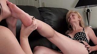 hot milf feet worship - Brazzers porno