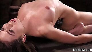 Device bondage beauty whipped - Brazzers porno