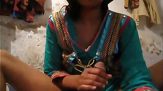 18.Desi Pakistani Quality Leaked Homemade Scandals with Audio Clips Merged - Brazzers porno