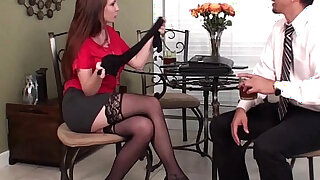 Pantyhose Business Traveler - Brazzers porno