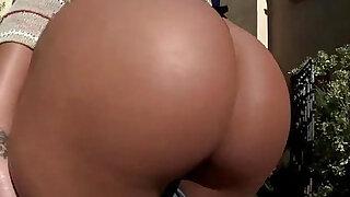 Hottie Olivia Wilder gets massive black hard big cock in her pussy fucked - Brazzers porno