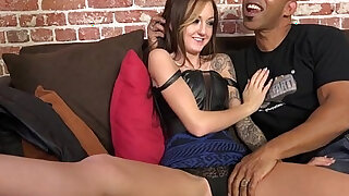Petite wife rides big rod - Brazzers porno
